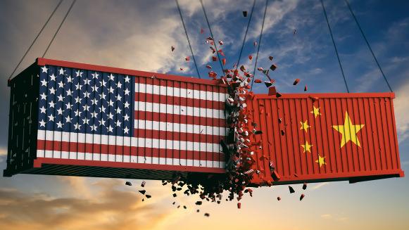 Guerra económica ente EEUU y China en medio de crisis por el coronavirus.