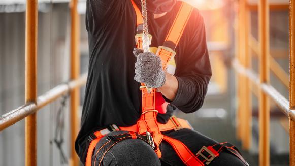 Personal capacitado y preparado para trabajos de riesgo.