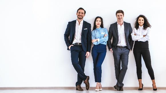 Jóvenes califican aspectos de una empresa