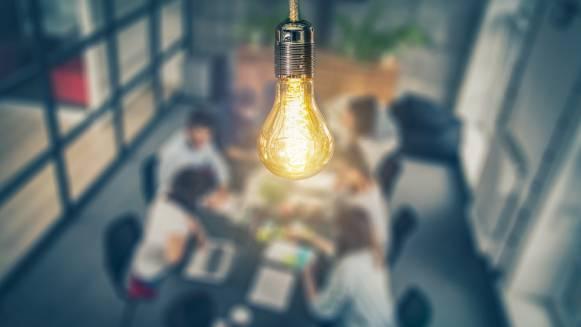 equipo empresarial innovando